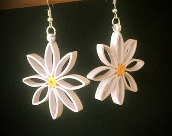 Quilled daisy paper earrings