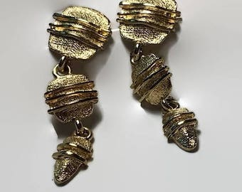 Gold Tone Dangle Pierced Earrings