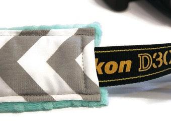 Pick COLORS Chevron Camera Strap Cover DSLR - (medium size chevron) CANON Nikon