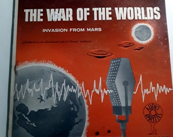 War Of The Worlds Invasion From Mars Record Vinyl 1955 Orson Wells vintage