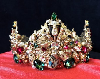 "Crown ""Maria"" and Earrings"