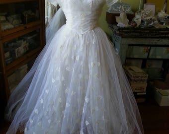 Classic 1950's vintage bridal wedding gown xs SALE