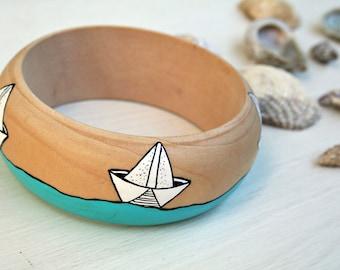 Handpainted bracelet-Wooden Bracelet-Wooden bangle-White Paper Boats Bracelet-Sea lovers Bracelet