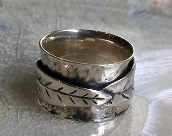 Meditation ring, botanical silver ring, Spinner ring, sterling silver leaf band, leaf ring, unisex Band, wedding ring - spinner leaf R2550