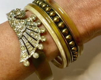 Antique HORN RHINESTONE BRsSS BANGLE CoLLECTION 5 Bangles in Shabby Chic Set Deco Rhinestone Horn Assemblage Brass Studded 4 Horn Stacking