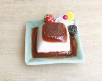 Miniature Pudding,Miniature Fruit Pudding,Mini Pudding,Dollhouse food,Miniature Sweet,Pudding in the plate,pudding fake food