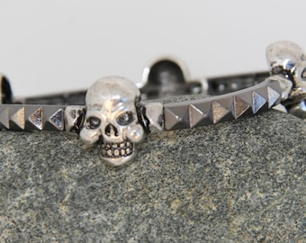 Skulls steel bracelet