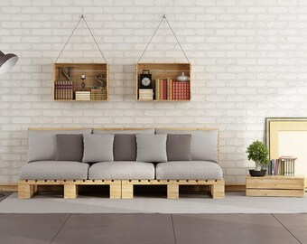 Furniture and objects on pallets on custom request