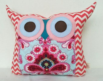 Discount 20% /pink owl pillow/ Amy Butler French Wallpaper out of print owl pillow/home decor/ large size/ready to ship
