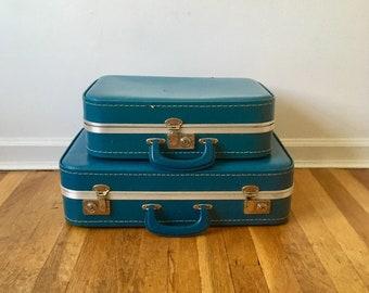 Vintage Blue Suitcase Nesting Set