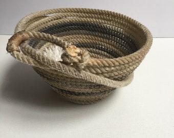 Beige and Black Lariat Bowl