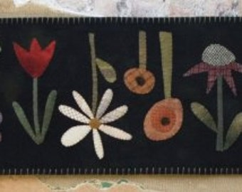 Primitive wool Applique PATTERN  - Garden Row -TTB211