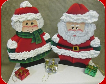 Santa and Mrs. Cluase shelf sitters