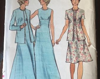 Vintage Vogue Patterns 8869 UNCUT
