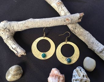 Handmade earings,brass earings.green onyx,gemstone earings,hoop earings
