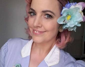Rockabilly  Pin up 40's 50's Pastel lillies large hair flower