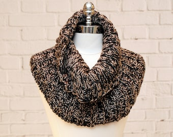 Black/Tan Ribbed Knitted Cowl
