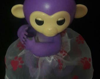 Fingerlings Finger Monkey Toy VALENTINE'S day clothes for Bella Mia Sophie Zoe Finn Gigi