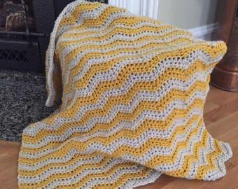 chevron zig zag ripple baby toddler blanket afghan wrap crochet knit wheelchair stripes VANNA WHITE yarn adult lap robe new mustard gray