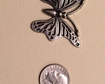 Butterfly 1 Magnetic Fastener Cover