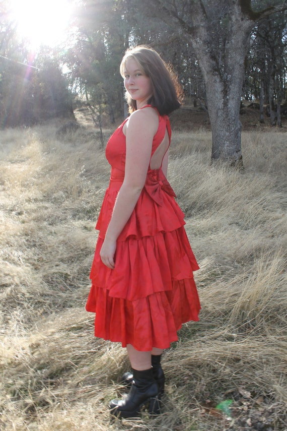 RED HOT 1990's Vintage Party Dress Gown Formal Open Back Tiered Skirt Gunne Sax