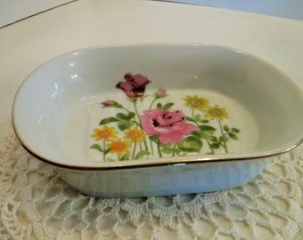 Cottage Chic Soap Dish, Porcelain Floral Soap Dish, Cottage Chic Trinket Dish, Porcelain Soap Dish, Floral Trinket Dish, Pretty Catch All