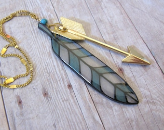 Straight as an Arrow Gold Necklace