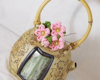 Small Pink Cluster Chirimen Tsumami Kanzashi Hair Pin Kimono Accessory