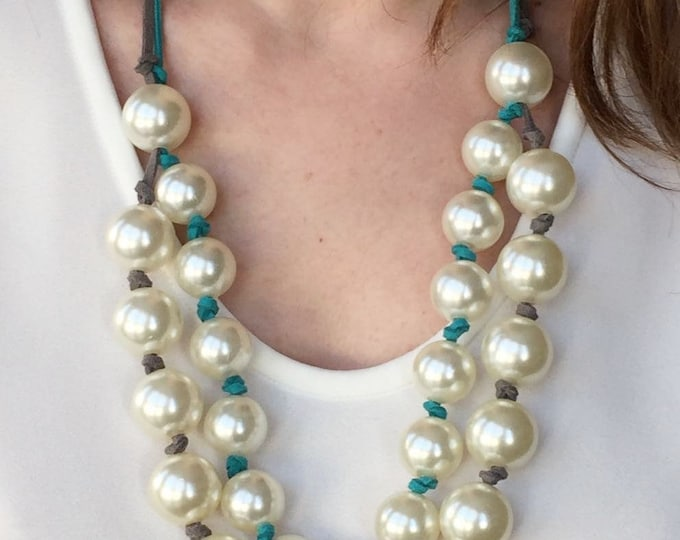Pearls necklace, White pearls necklace and turquoise and grey laces