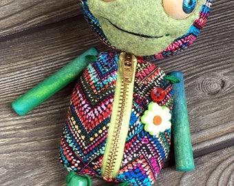 Wooden limb Tindle Baby movable eyes zipper tummy chameleon eyes feed sack baby by Karen Knapp of Tindle Bears