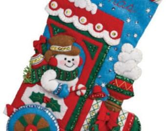 "Bucilla All Aboard ~ 16"" Felt Christmas Stocking Kit #86435 Frosty Snowman Train"