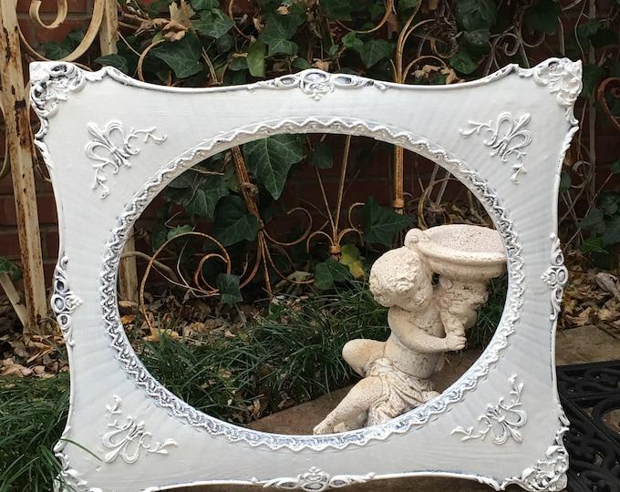 OVAL FRAME - Stunning Antique! Shabby Chic Ornate - Painted White - Large 21.5 x 25.5!  Ornate Designwork -  Holds 16 X 20