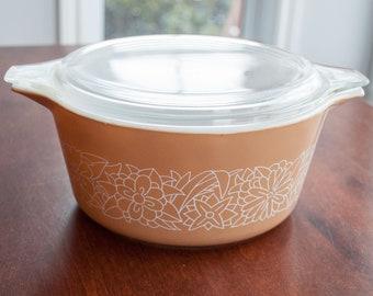 Vintage Pyrex Bowl(s) 474 pattern woodland