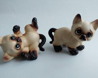 Vintage Vaga International Siamese cats kittens figurines