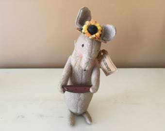 Small Stuffed felt Mouse Sunflower Straw Hat Watermelon metal tail decoration gift present collectible collection