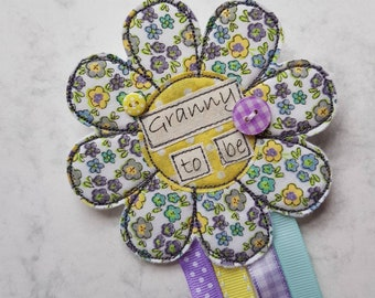 Granny to be rosette, Granny to be badge, grandparent gifts, gifts for granny, grandparent keepsakes