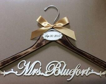 wedding dress vintage hanger,bride hanger,Personalized Hanger,Custom hanger,wedding hanger,wedding dress hanger