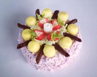 Miniature Cake 1:12 - Series 1 - 001