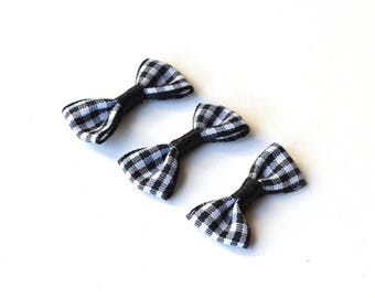 3 bows black gingham 30 x 15 mm
