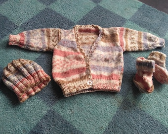 Baby cardigan hat and booties set