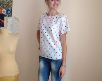 70s White Red Polka Dot Short Sleeve Crew Neck Blouse Small Medium
