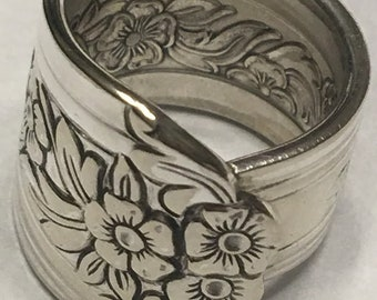 Spoon ring with flowers -Vintage Spoon Ring