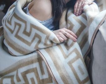 Wool blanket Throw blanket Wool throw Light Bedding wedding gift White wool blanket plaid housewarming gift mothers day