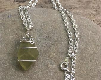 Green Sea glass Necklace, Green sea glass jewelry, Citron sea glass ,  Green Beach Glass Necklace, Green Beach Glass pendant