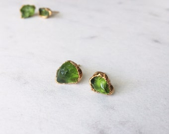 Raw Peridot Earrings, Statement Jewelry, Raw Crystal Earrings, Stud Earrings, Gold Earrings, Raw Stone Earrings, August Birthstone Earrings