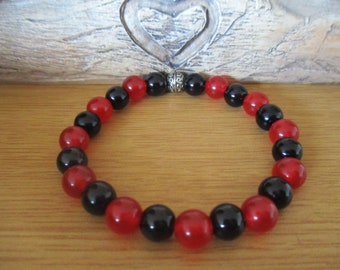 Black Onyx and Red Carnelian Bead Bracelet