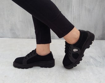 black canvas leather shoes US 7 women / EU 38 handmade Rangkayo casual sneakers tie shoes autumn