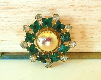 Vintage Kramer Brooch Emerald Rhinestone Gold 50's (item 144)