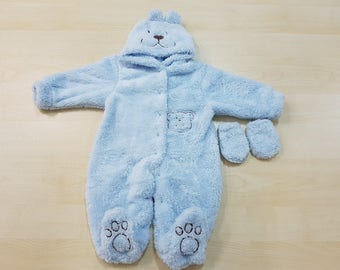 Fluffy and warm romper + gift gloves