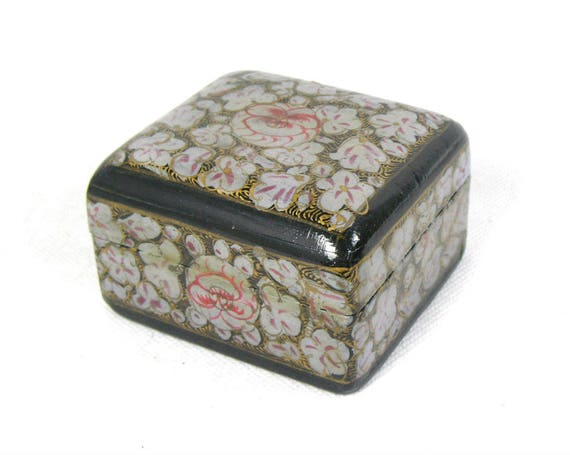 Vintage Kashmiri Papier Mache Trinket Box with a Floral Design